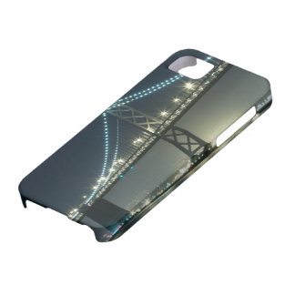 Pilings along the Embarcadero, San Francisco iPhone SE/5/5s Case