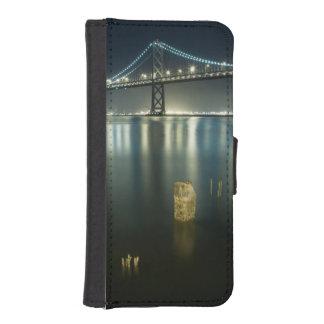 Pilings along the Embarcadero, San Francisco iPhone SE/5/5s Wallet