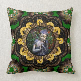 Pillow | Dreaming Buddha Hippy Mandala green