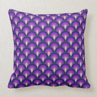 vintage pillow retro pattern