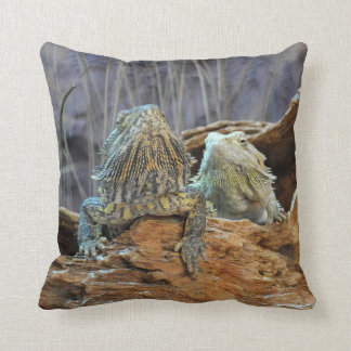Pillow with two curious lizards