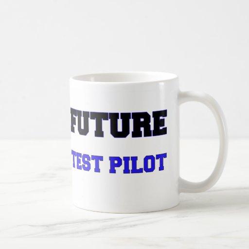 Piloto de prueba futuro taza básica blanca
