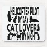 Piloto del helicóptero del amante del gato alfombrilla de ratones