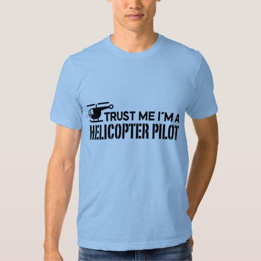 Piloto del helicóptero playera