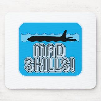 Piloto enojado de las habilidades mouse pads