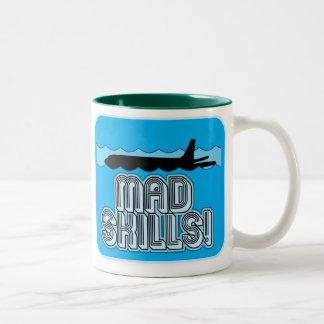 Piloto enojado de las habilidades taza