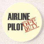 Piloto FUERA DE SERVICIO de la línea aérea Posavasos Para Bebidas