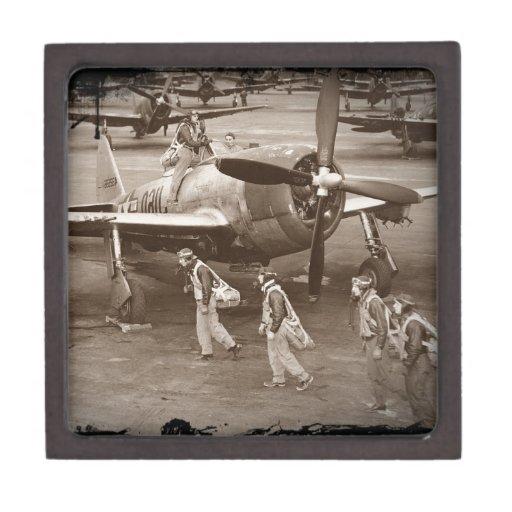 Pilotos de caza que entrenan en los rayos P-47 Caja De Joyas De Calidad