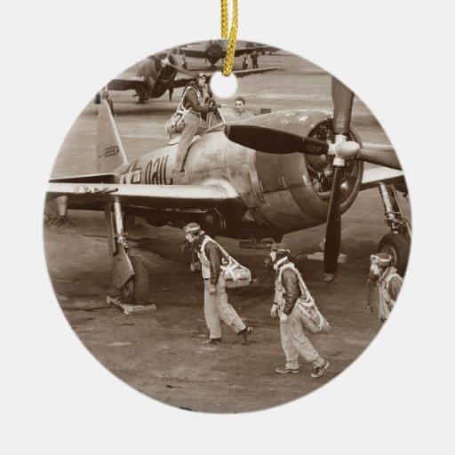 Pilotos de caza que entrenan en los rayos P-47 Ornamento Para Arbol De Navidad