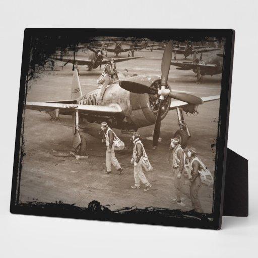 Pilotos de caza que entrenan en los rayos P-47 Placas Con Fotos
