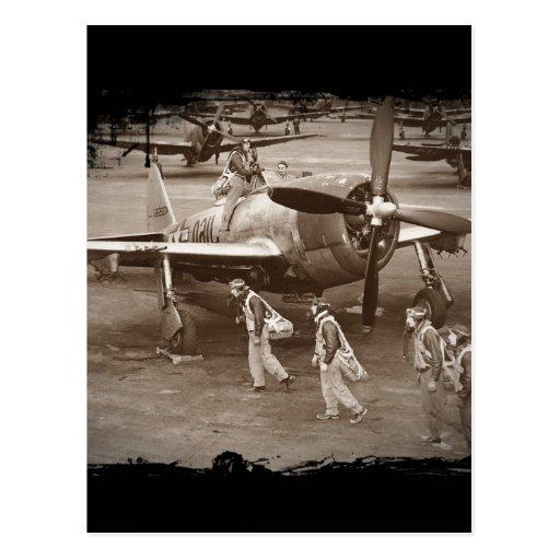 Pilotos de caza que entrenan en los rayos P-47 Tarjeta Postal