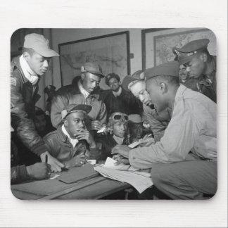 Pilotos del grupo del combatiente de los aviadores tapete de ratones