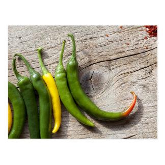 Pimienta de chile amarilla y verde postales