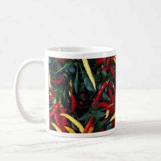 Pimienta ornamental espectacularmente coloreada tazas de café