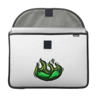 pimientas verdes en gráfico verde de la llama fundas macbook pro
