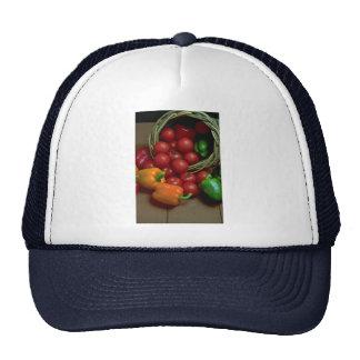 Pimientas y tomates hermosos gorras de camionero