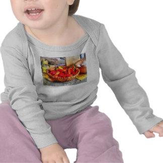 Pimientos picantes en mercado de los granjeros camisetas