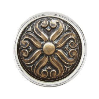 Pin de bronce antiguo de la solapa de la foto del