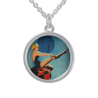 Pin de Gil Elvgren de la era del art déco del vint Collar De Plata Esterlina