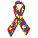 Pin de la cinta de la conciencia del autismo esculturas fotográficas