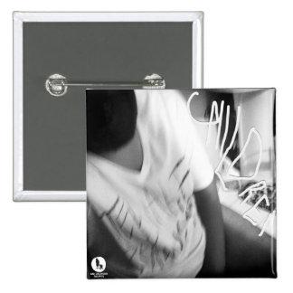 """Pin de la foto de portada del álbum de los """"niños"""""""