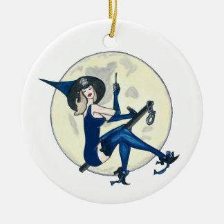 Pin de la policía encima del galón adorno navideño redondo de cerámica
