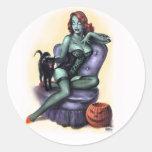Pin del chica del zombi de Halloween para arriba Pegatina Redonda