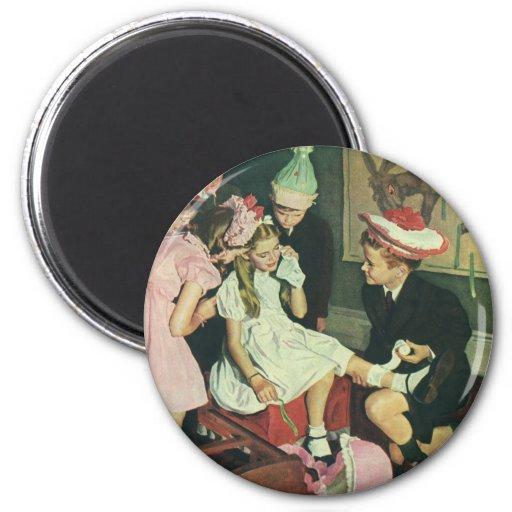 Pin del juego de niños del vintage la cola en el imán redondo 5 cm