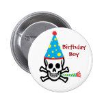 Pin del muchacho del cumpleaños del cráneo