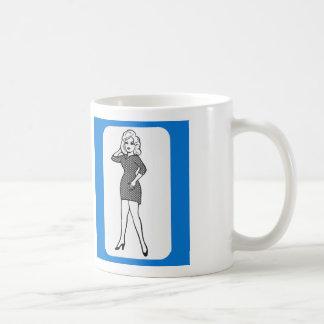 Pin del vintage 60s encima de la señora astuta del taza clásica