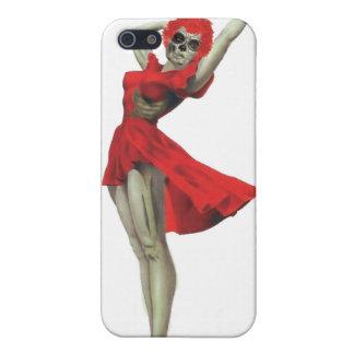 Pin descarado del zombi de Betty encima del chica iPhone 5 Fundas