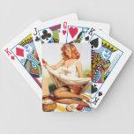 Pin encima de la comida campestre baraja cartas de poker