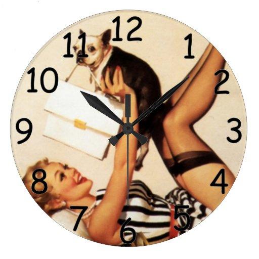 Pin encima del reloj del amor adolescente