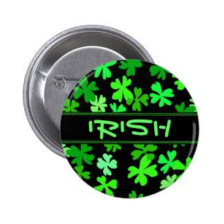 Pin irlandés del día de fiesta de los tréboles