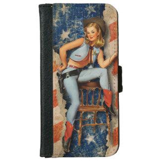 Pin patriótico de la bandera americana encima de carcasa de iPhone 6