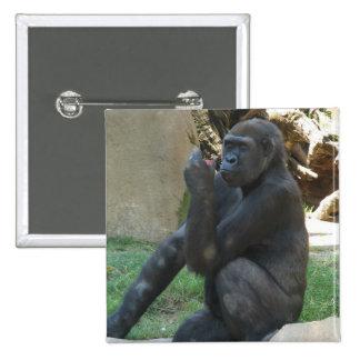 Pin pensativo del gorila pin cuadrada 5 cm