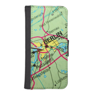 Pin placed on map in Berlin, Germany iPhone 5 Wallets