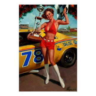 Pin retro de la carrera de coches de Gil Elvgren d Perfect Poster