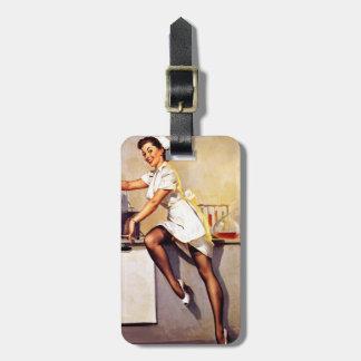 Pin retro de la enfermera de Gil Elvgren del Etiquetas Para Equipaje