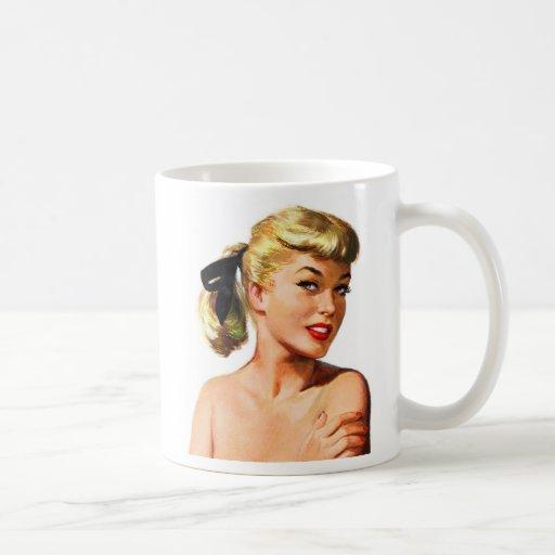 Pin retro de las mujeres del vintage para arriba q taza de café
