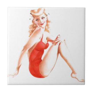 Pin retro del Blonde encima del chica Azulejo Cuadrado Pequeño