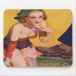 Pin retro del kitsch del vintage encima del brillo alfombrilla de ratones