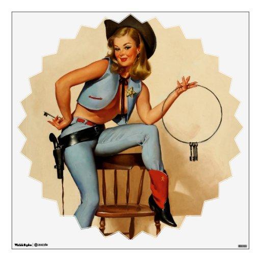 Pin retro del sheriff de Gil Elvgren del vintage e