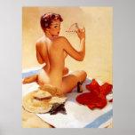Pin travieso de la belleza de la playa del vintage poster