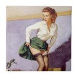 Pin travieso del profesor del vintage encima de la azulejo cuadrado pequeño
