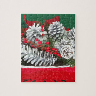 Pine Cone Holly Decoration Puzzles