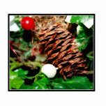 Pine Cone With Ivy Photo Cut Outs