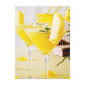 Pineapple and ginger Fresca cocktail Canvas Print