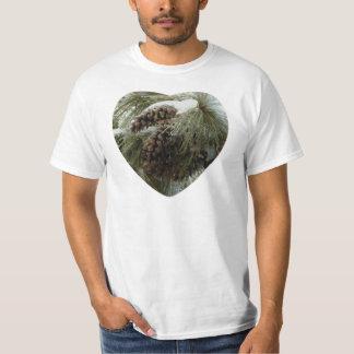 Pinecones in Snow Men's Value T-Shirt