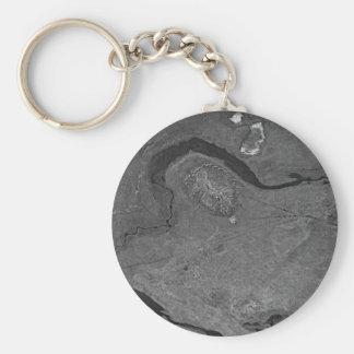 Pingo y excavación de la grava al este del río de  llaveros